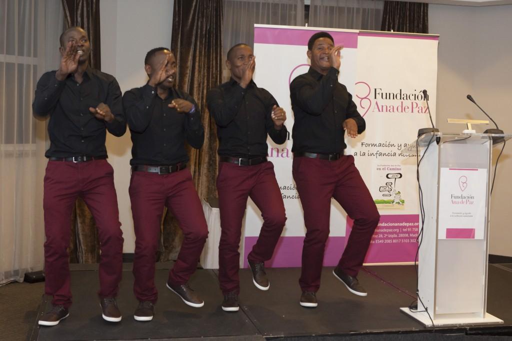 El Grupo de Uganda Kawa Quartet durante su actuación