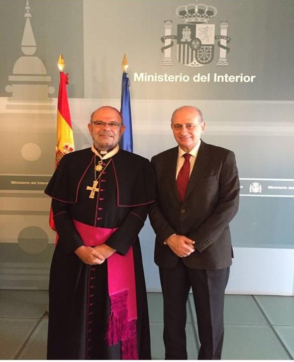 El obispo del Callao, José Luis del Palacio, en el Ministerio del Interior, con el ministro Jorge Fernández Díaz