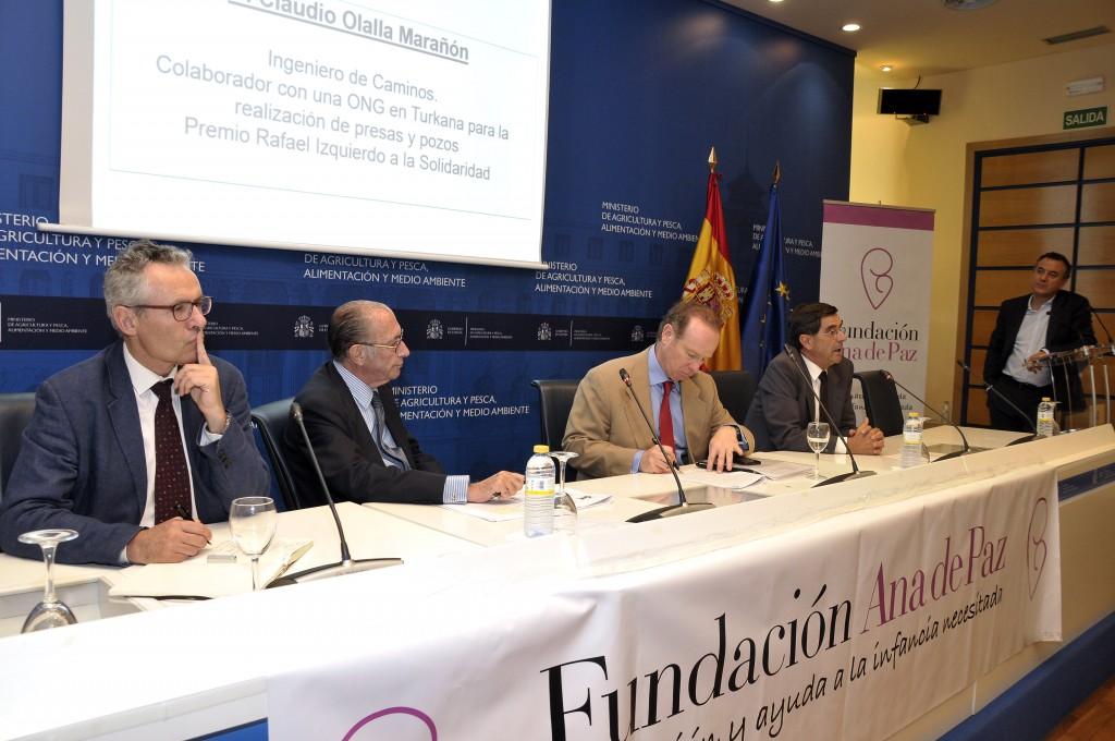De izquierda a derecha: D.Alberto Garrido, D Jaime Lamo de Espinosa, D Luis Tejada, D. Claudio Olalla y D. Roberto Braseo